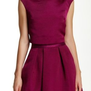 NWT! Ted Baker London Klowi Sleeveless Crop Top
